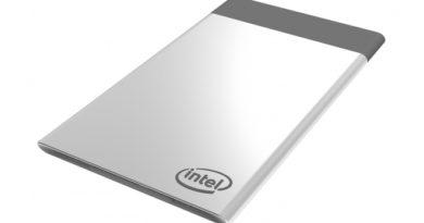 Intel Compute Card: un PC Windows grande come una carta di credito