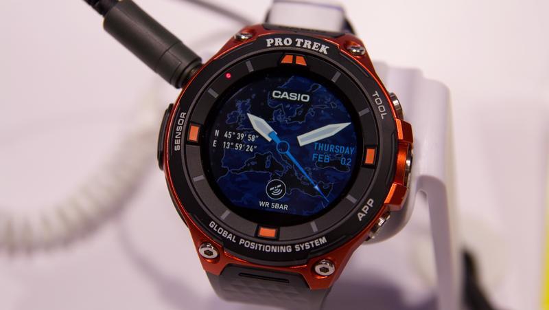 Casio Pro Trek F20: sul mercato smartwatch Android Wear 2 ...