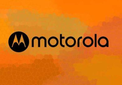 Motorola ripropone nuovamente il RAZR: l'idea è uno smartphone pieghevole