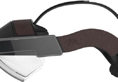 Google Glass, novità in arrivo per gli occhiali smart di Big G: saranno ispirati a Microsoft HoloLens?