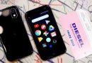 """Palm è tornata con un nuovo mini-telefono da 3,3"""" (con Snapdragon 435)"""