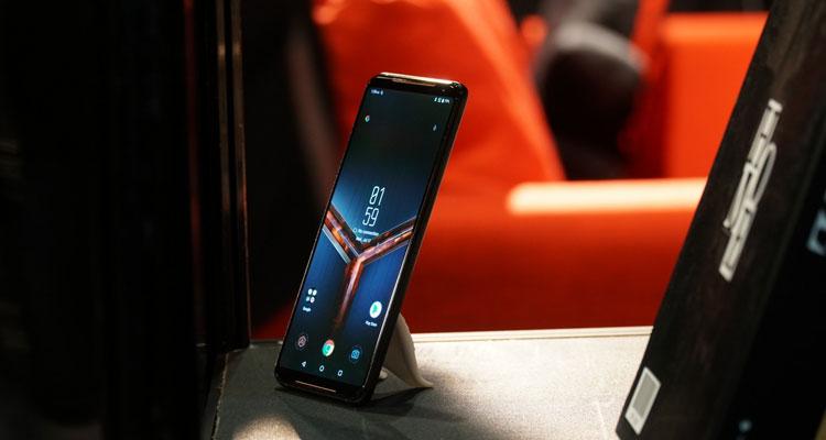 rog phone II display