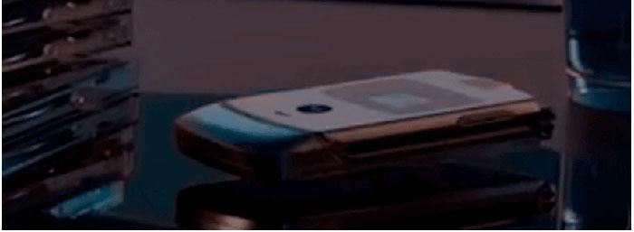 smartphone pieghevole motorola