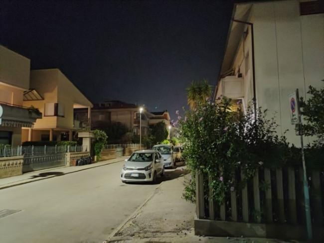 find x2 lite foto notte
