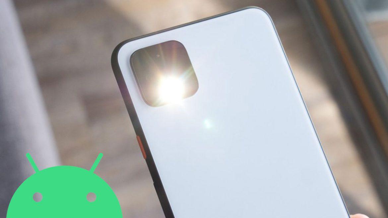attivare torcia smartphone android