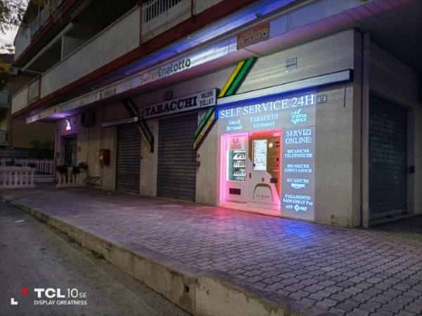 TCL 10 SE notte