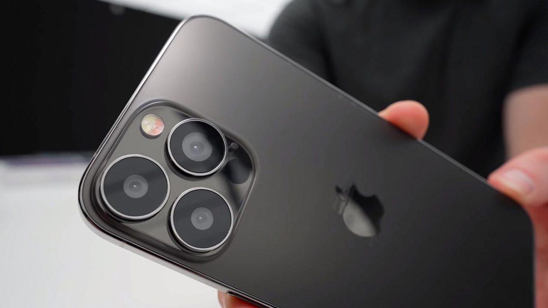 iPhone 13 pro max mockup