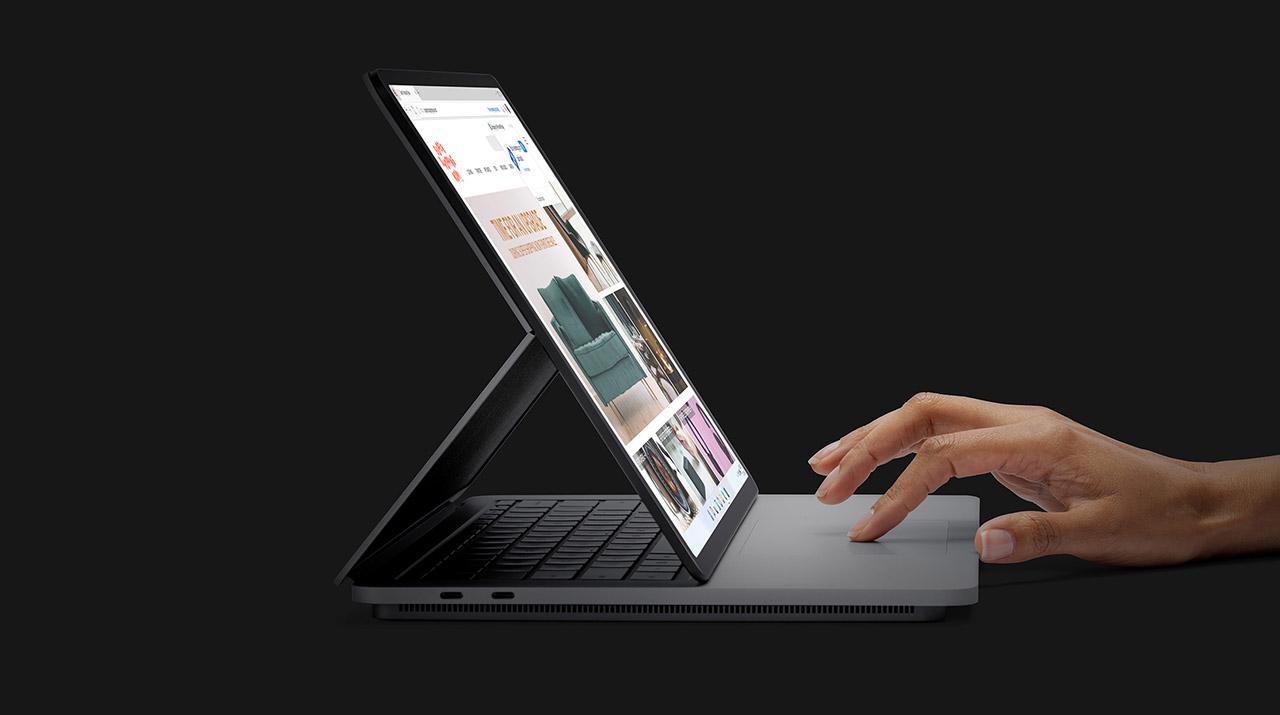 Microsoft lancia Surface Laptop Studio, mix perfetto di potenza e versatilità