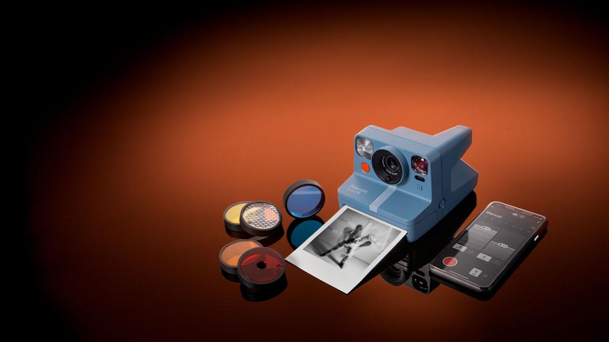 Polaroid Now+ ufficiale: l'istantanea analogica smart che si collega all'app
